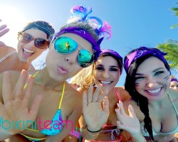 SwimsuitUSA Pool Party, Relay Race & Swimwear Preview